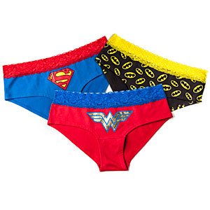 f218_superheroine_single_lace_boyshorts