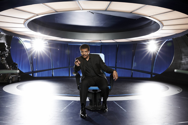 Neil-deGrasse-Tyson-in-Cosmos-A-Space-Time-Odyssey