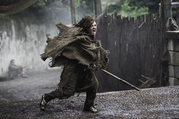 Arya fighting blind episode 2