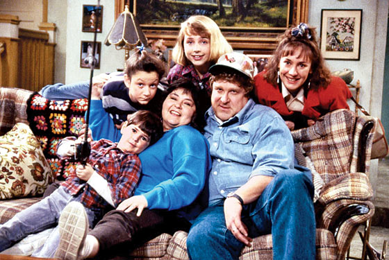 Roseanne Cast (TV) 1988 1st Season Credit: ABC/Courtesy Neal Peters Collection